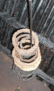 Pot support rings made from enset fibres